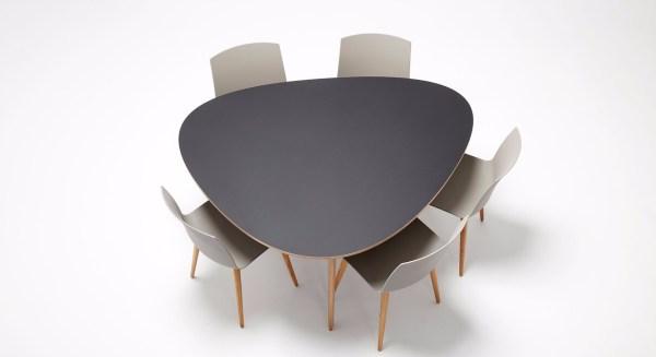 T8 Tisch 2