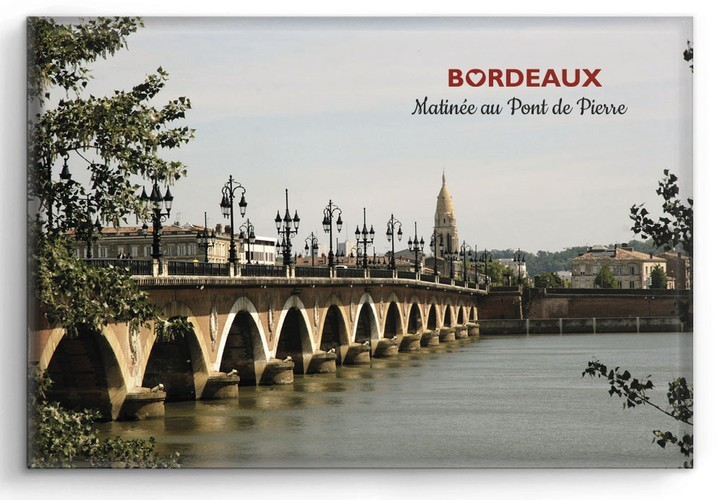 bordeaux aimant magnet bordeaux matin e au pont de pierre. Black Bedroom Furniture Sets. Home Design Ideas