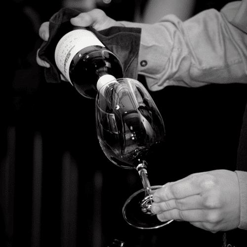 Succès des vins de Bordeaux au Salon des Outsiders Article Bordeaux Business