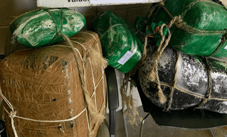 Agents seized hundreds of pounds of pot smugglers abandoned