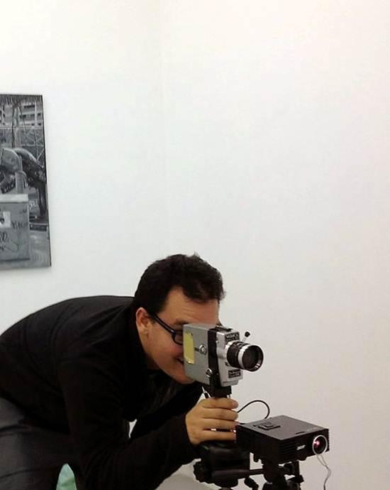 """Iván Candeo: """"El video tiene esa doble condición,  de ser un medio de comunicación y un medio artístico"""""""