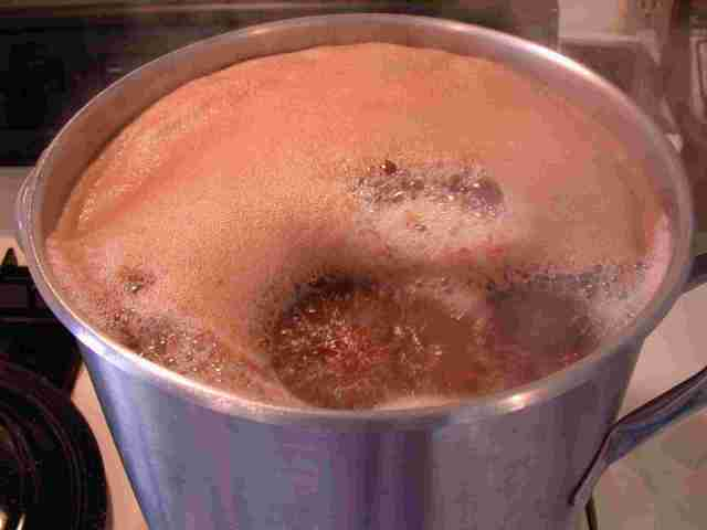 Nothing like the smell of beer boiling!