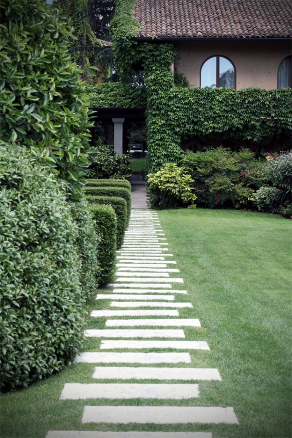 40 Different Garden Pathway Ideas on Backyard Patio Landscaping id=84163