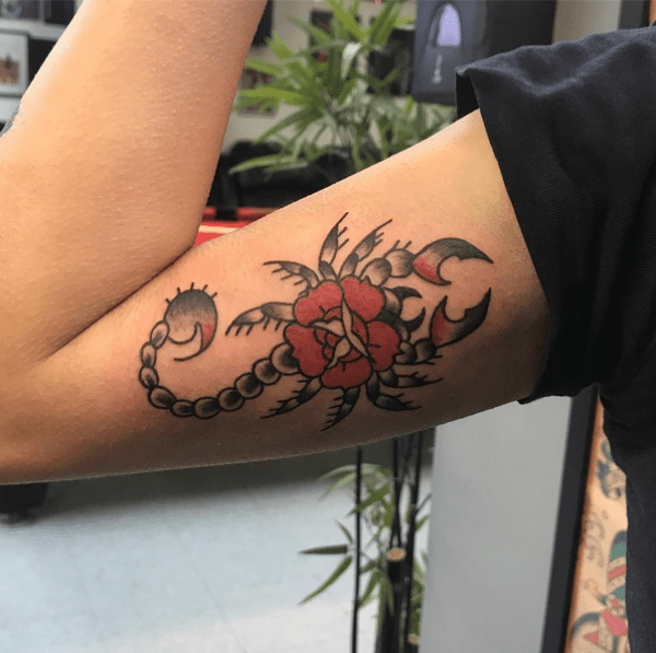 SCORPION-TATTOOS-FOR-MEN-AND-WOMEN