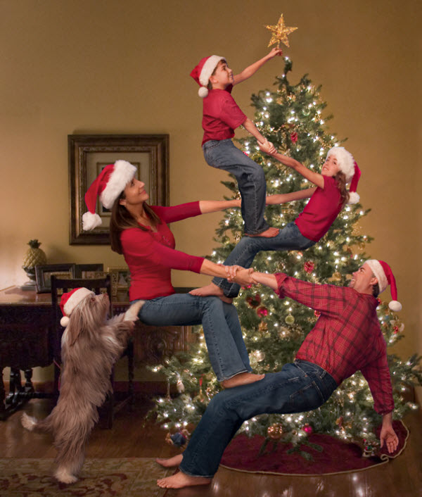 The Bale Family's Christmas. It requires an epic family with an epic dog to do this epic family portrait. (Image Source: Ho Hum Cards)