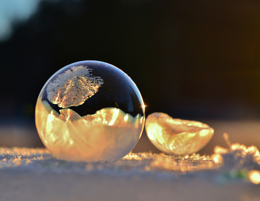 frozen-bubbles-angela-kelly-1