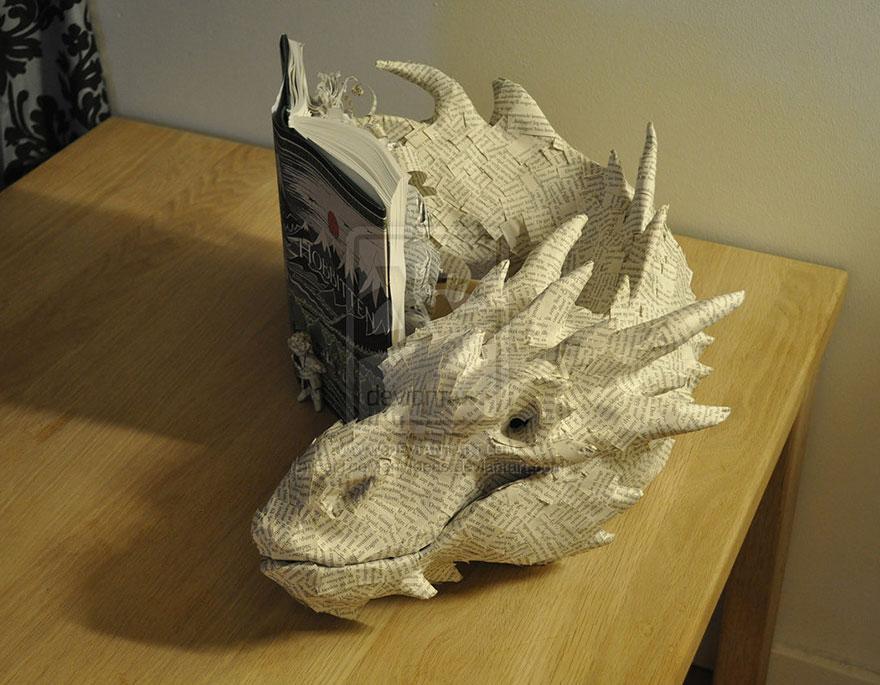 paper-sculpture-smaug-the-dragon-hobbit-fartoomanyideas-6
