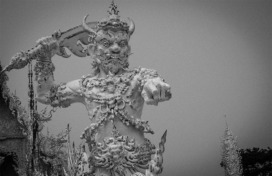 white-temple-thailand-30