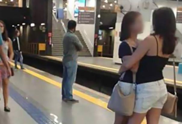foto-famosa-linea-amarilla-metro-brasil (5)