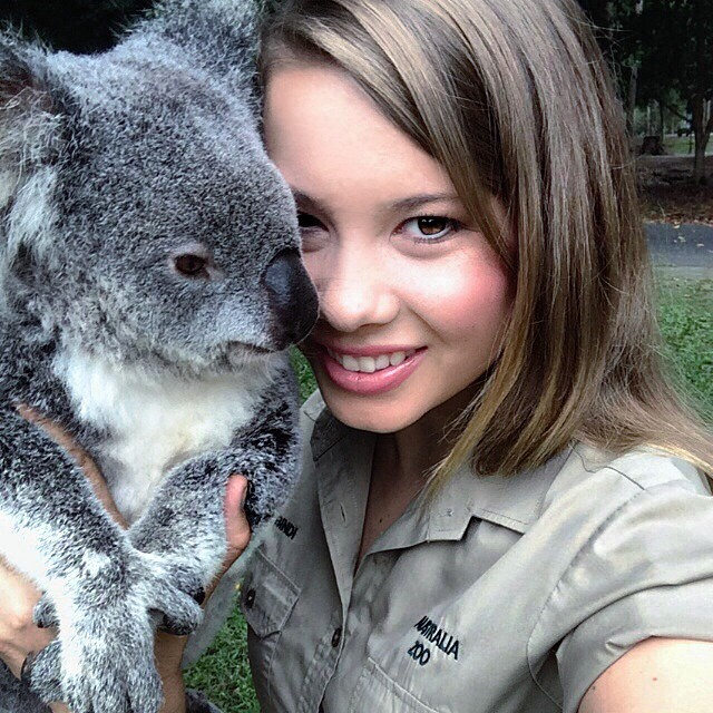hija-bindi-steve-irwin-16-anos-legado-padre-australia-zoo (14)