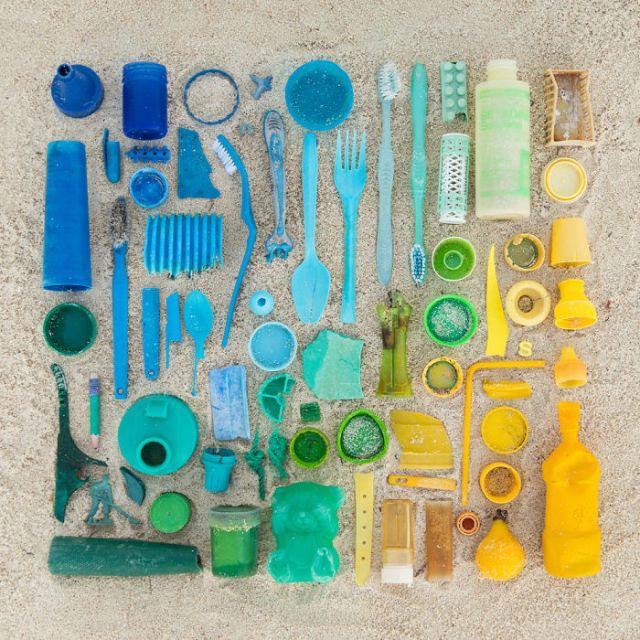 objetos-cotidianos-ordenados-emily-blincoe (12)