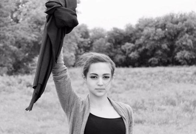 protesta-contra-velo-hijab-obligatorio-iran-masih-alinejad (12)