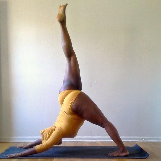 yoga-talla-grande-jessamyn-stanley (7)