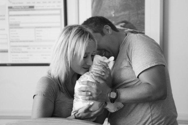 familia-olson-conoce-hija-adoptada-recien-nacida (9)