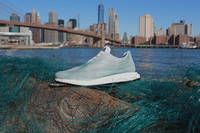 zapatillas-deportivas-recicladas-redes-basura-oceano-adidas (6)