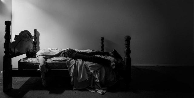 autorretratos-depresion-edward-honaker (7)