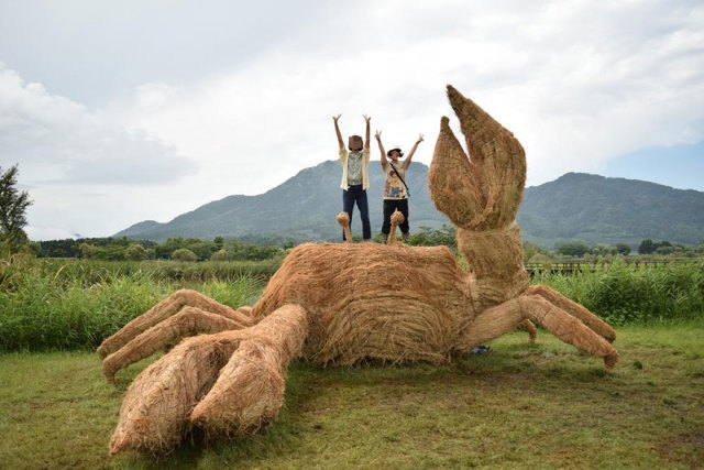 esculturas-paja-festival-wara-niigata-japon (10)
