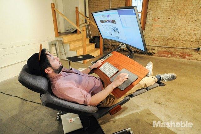 escritorio-ajustable-trabajar-ordenador-altwork-station (5)