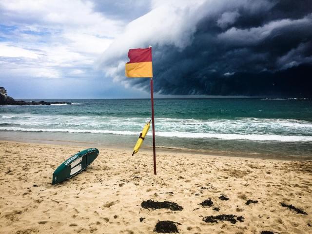 enorme-tsunami-nubes-sydney-australia (5)