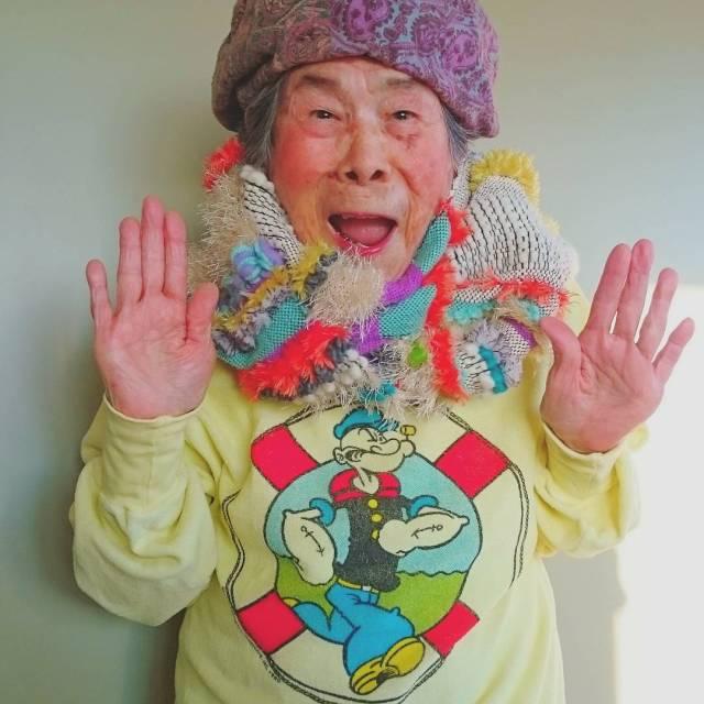 abuela-emiko-modelo-instagram-ropa-chinami-mori (3)