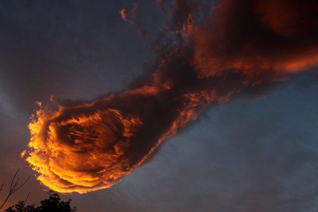 formacion-curiosa-nubes-mano-dios-portugal (2)