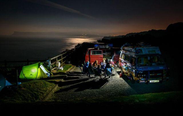 viajes-baratos-mundo-blogueros-polacos-furgoneta (5)