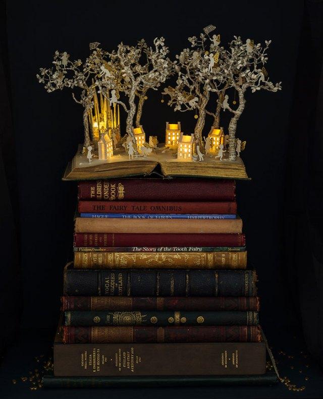 esculturas-iluminadas-libros-viejos-moradas-su-blackwell (4)