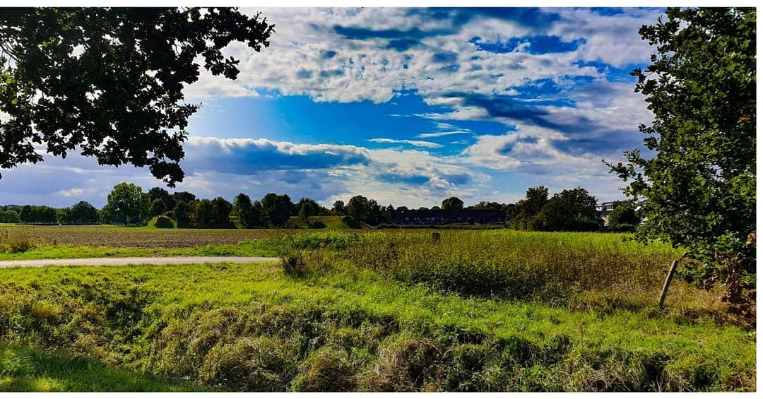 Nog maar een paar….omdat we geen genoeg krijgen van deze prachtige wolken…., toch?  #liefdevoorlimburg #Born #borninbeeld  Credits: Ralf Grispen