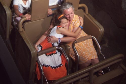 expedition-everest-ride-hugs