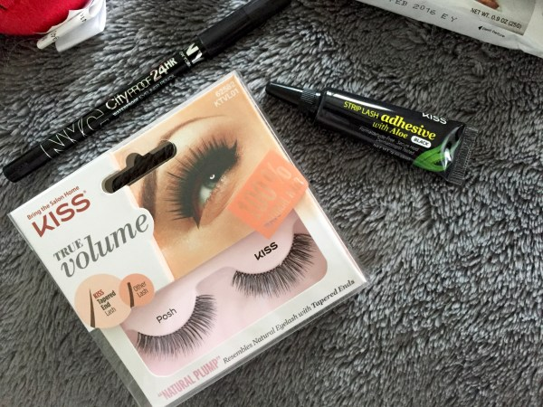 Jingle VoxBox, Kiss Lashes | Born To Be Bright