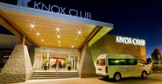 knox-club-bus