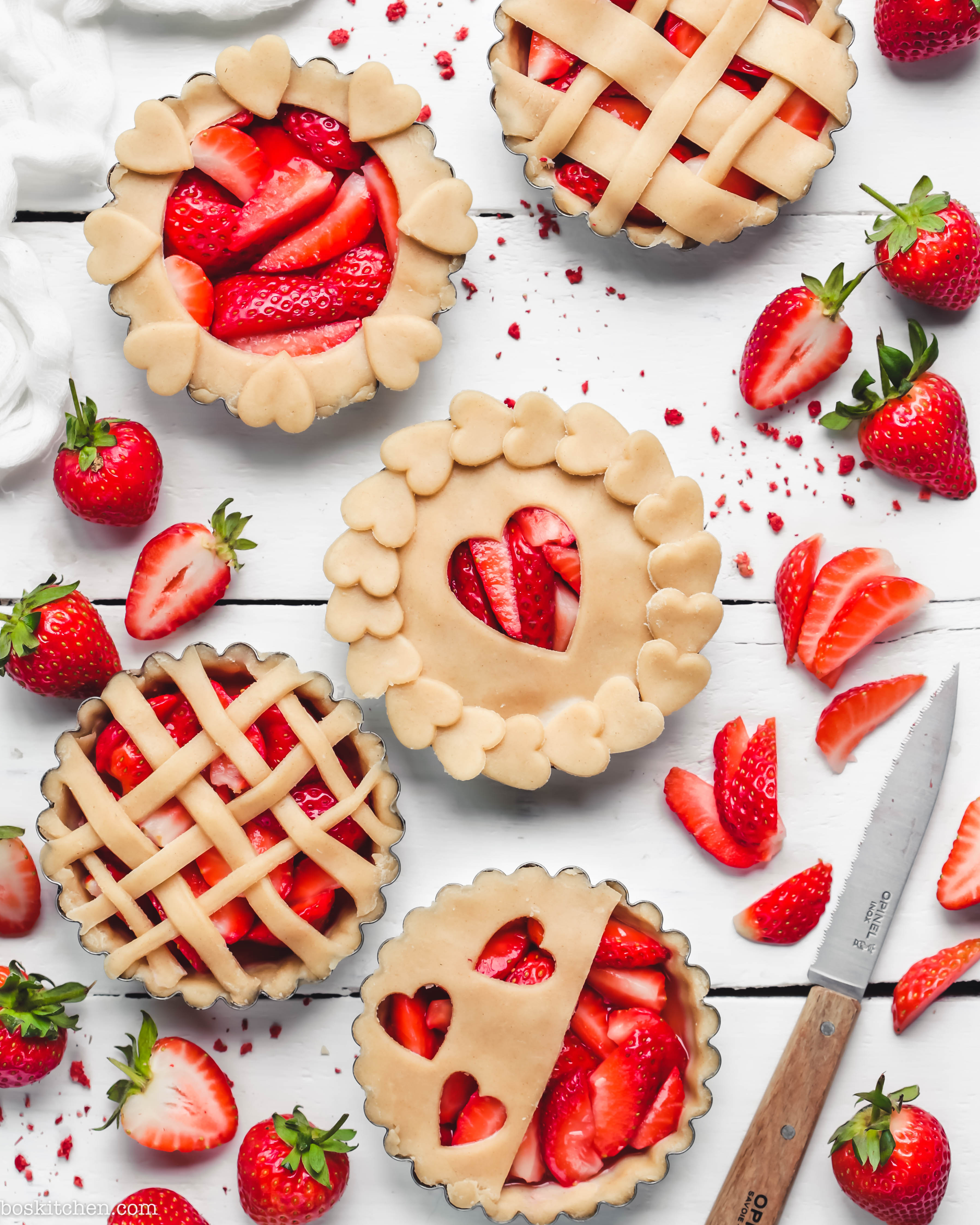 strawberry tarts pastry