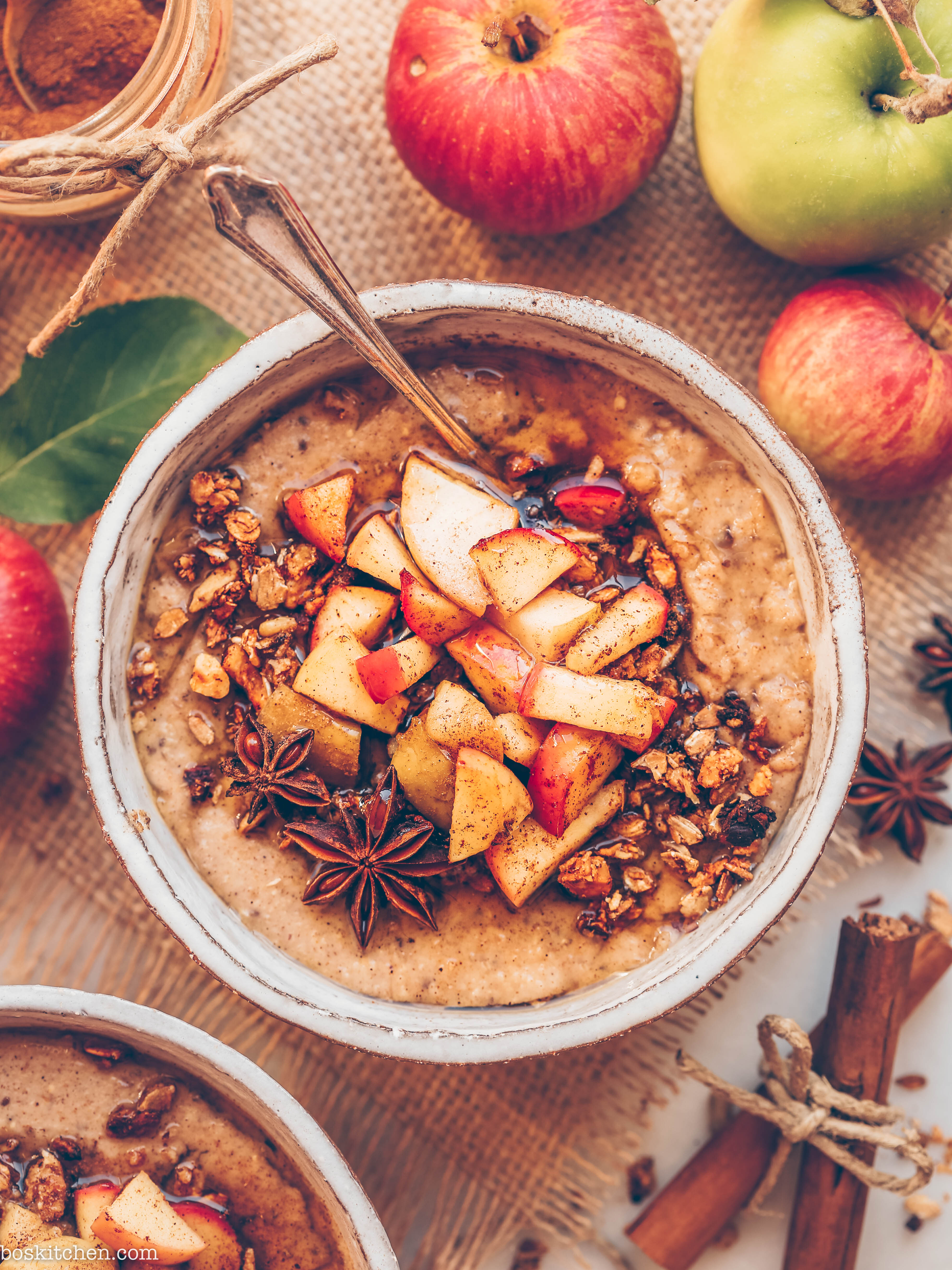 spiced apple pie oatmeal
