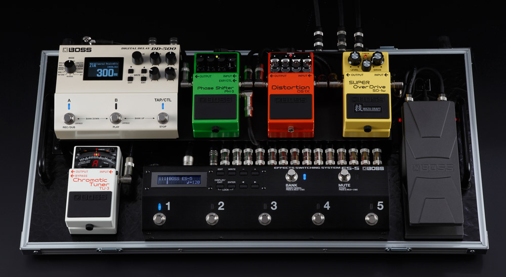 ES-5 Effects Switching System in a Pedalboard