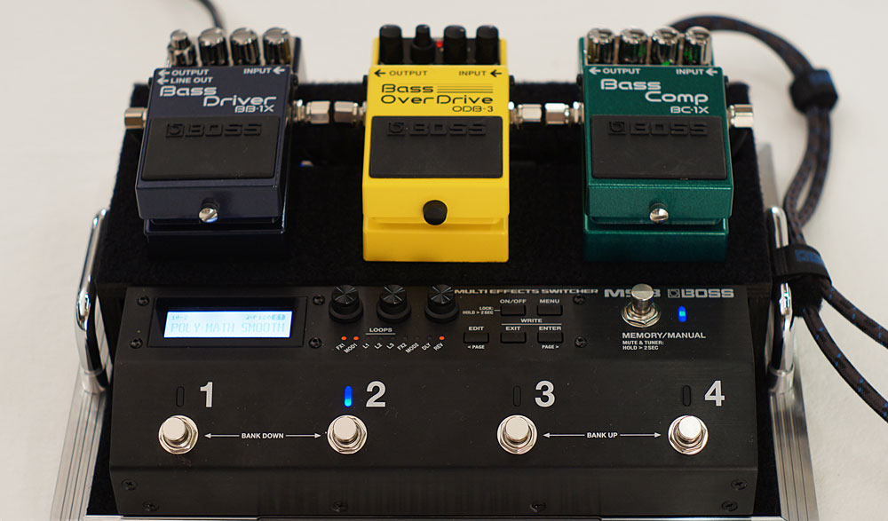 In addition to guitar-centric effects, the MS-3 includes many effects optimized for bass.