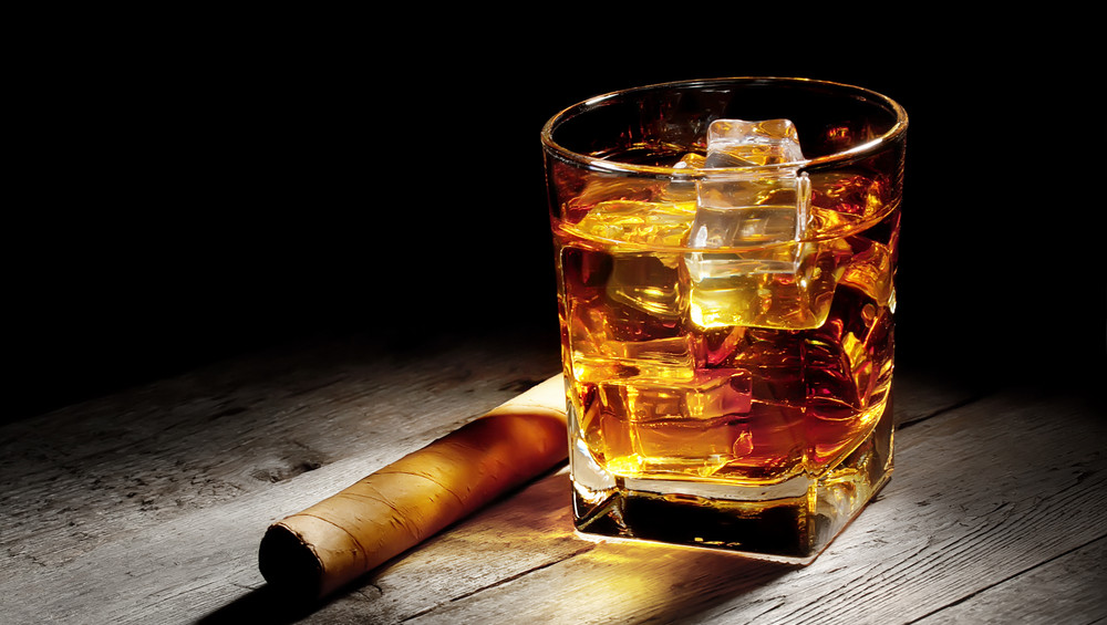 Whisky Amp Cigars On The Waterfront Boston Restaurant News