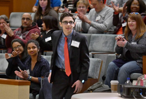 Visions Of Community 2015 Federation >> Teen With Autism Turning Sportswriter Dream Into Reality