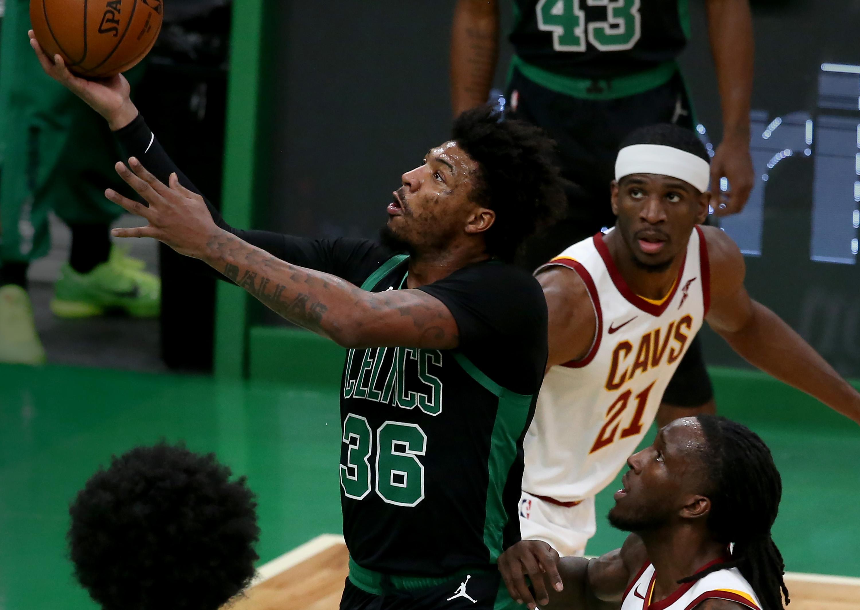 Celtics snap skid, roll over Cleveland