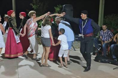 Βοτανικό Πάρκο και κήποι Κρήτης: Παραδοσιακοί Κρητικοί Χοροί