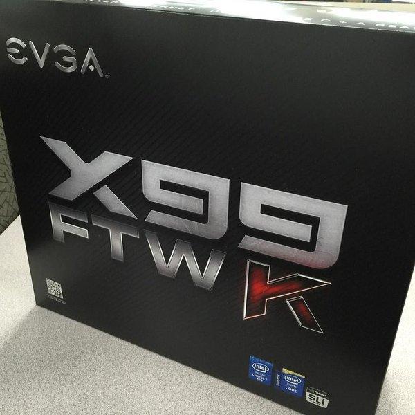 EVGA-X99-FTW-K-Motherboard-empaque