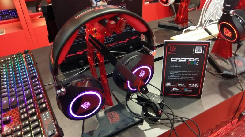 ttesports-Cronos-RGB-headset-Computex2016