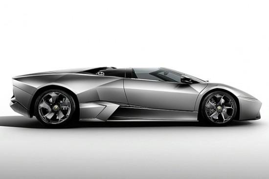 reventon-roadster-3
