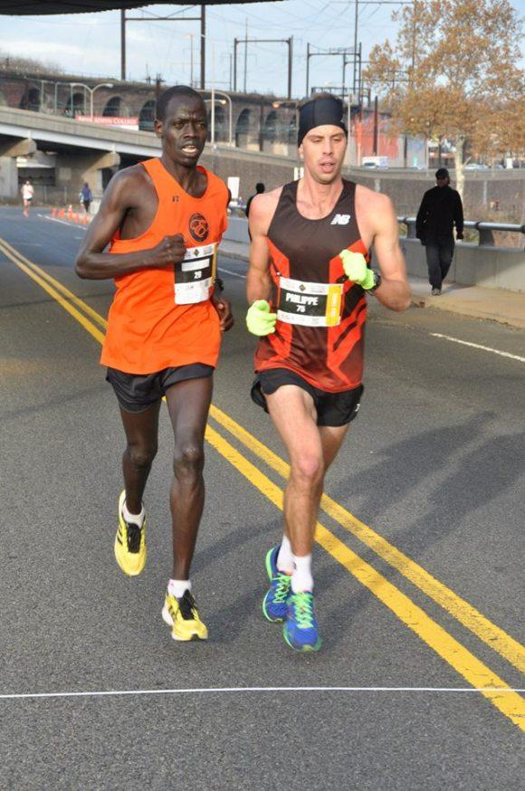 The leaders of the men's race.  (c) 2014 GORE-TEX® Philadelphia Marathon