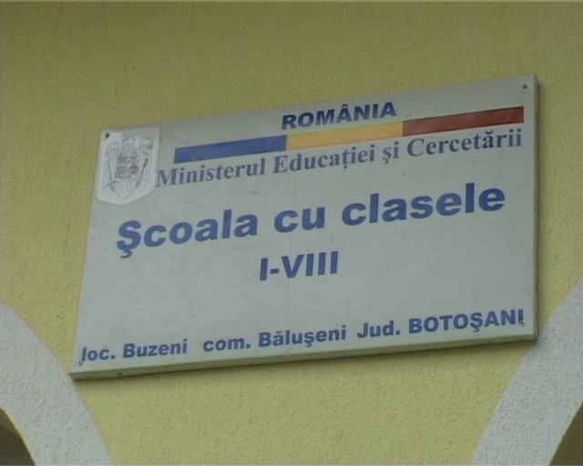 scoala din Buzieni