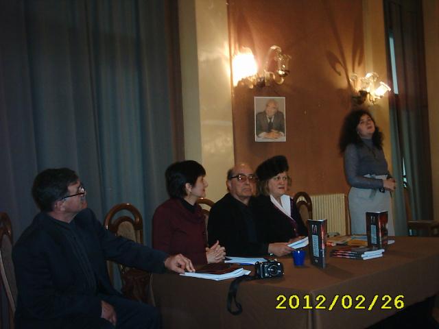 Teatrul M. Eminescu, feb. 2012 Lansare carte Anca Ifrim