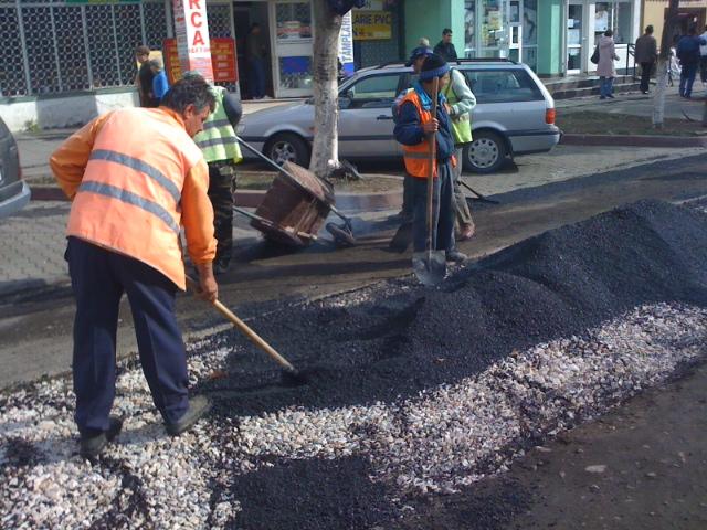 lucrari asfaltare strazi