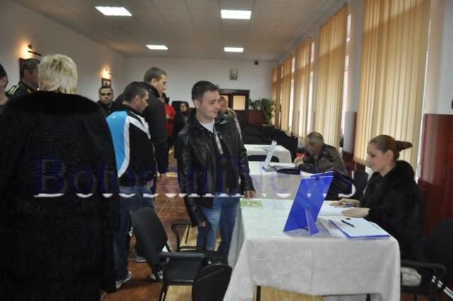 detinuti din Botosani la bursa locurilor de munca