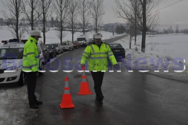 politisti la accident Botosani iarna (4)
