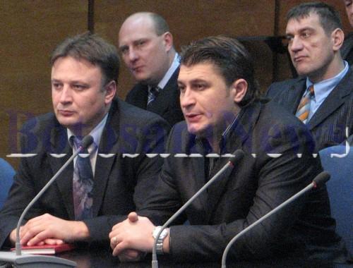 Mihai Turcanu (dreapta) si Ovidiu Airimitoaie (stanga)