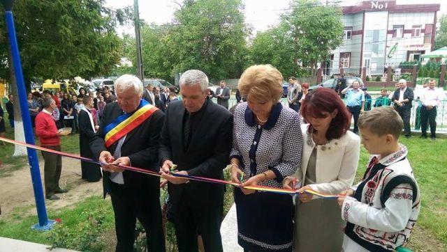 scoala romanesti- botosani inaugurata